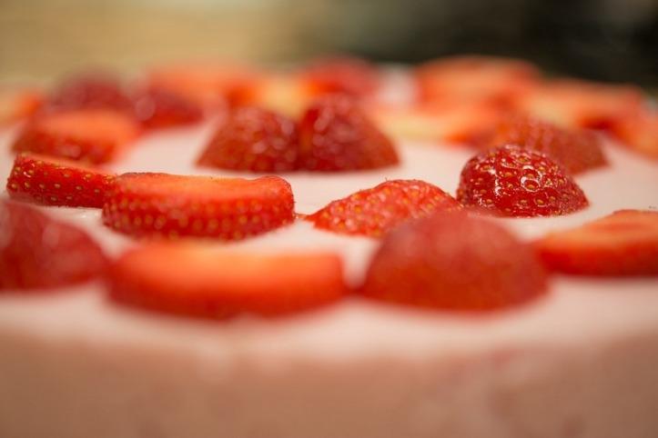 Gelatina de tres leches con fresa